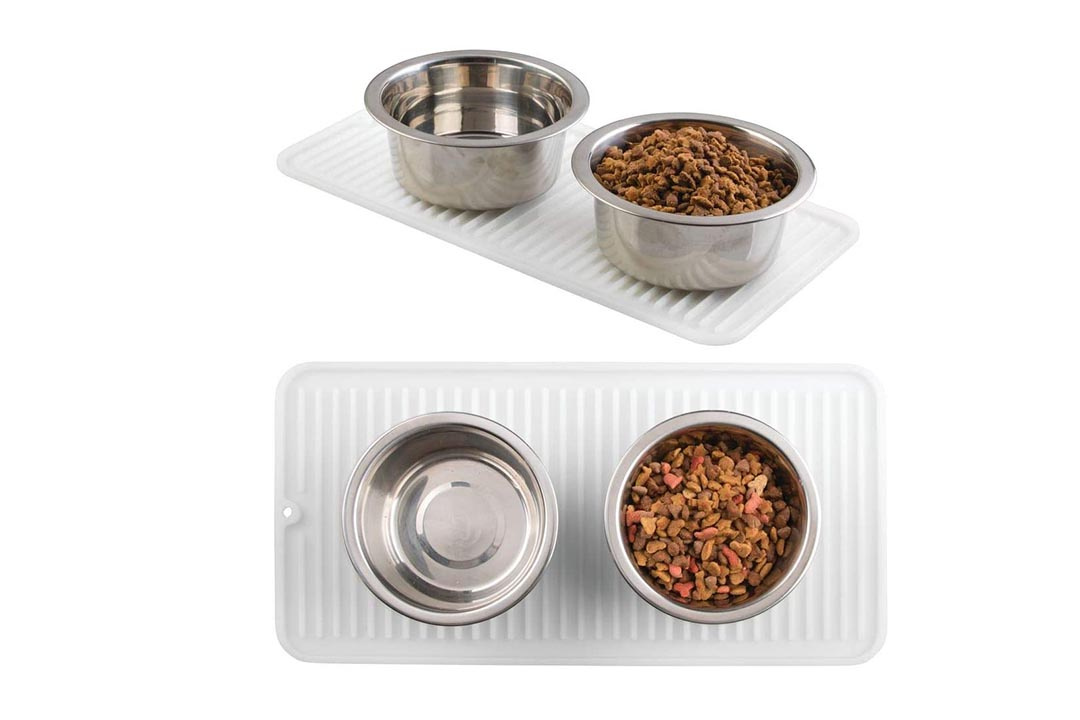 mDesign Premium Quality Pet Food and Water Bowl Feeding Mat for Cats and Kittens