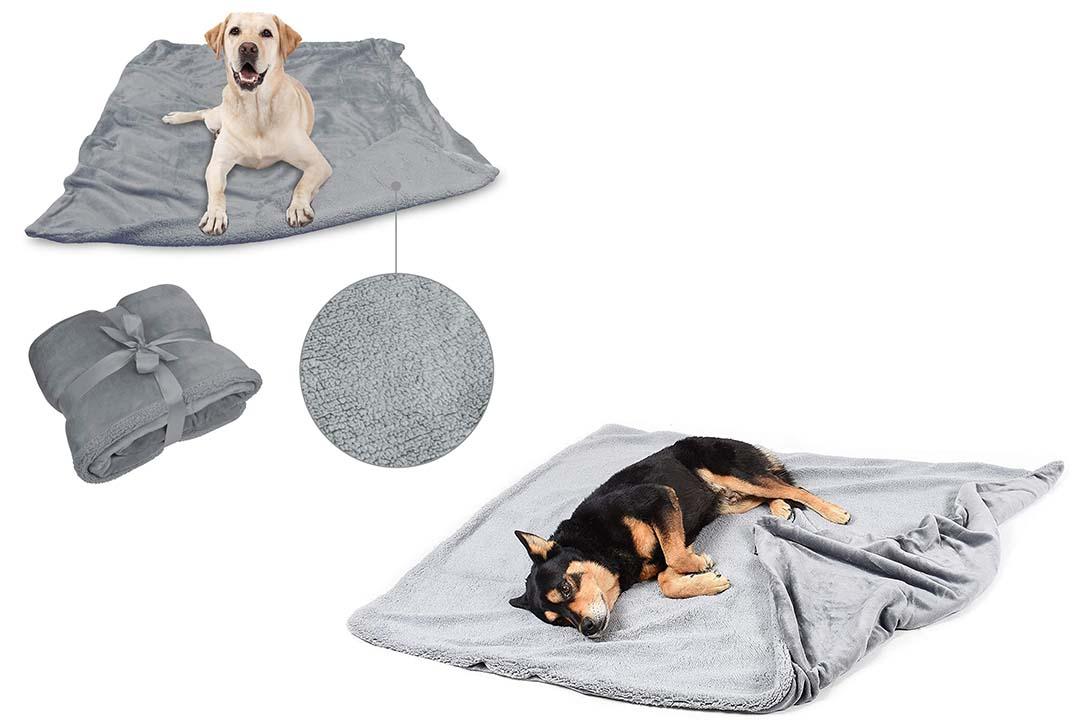 Super Soft Warm Sherpa Fleece Plush Dog Blanket