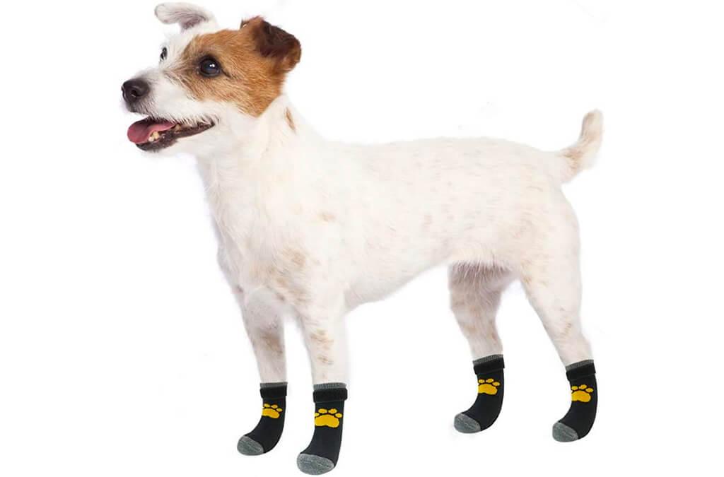 9. SCIROKKO 3 Pairs Anti-Slip Dog Socks